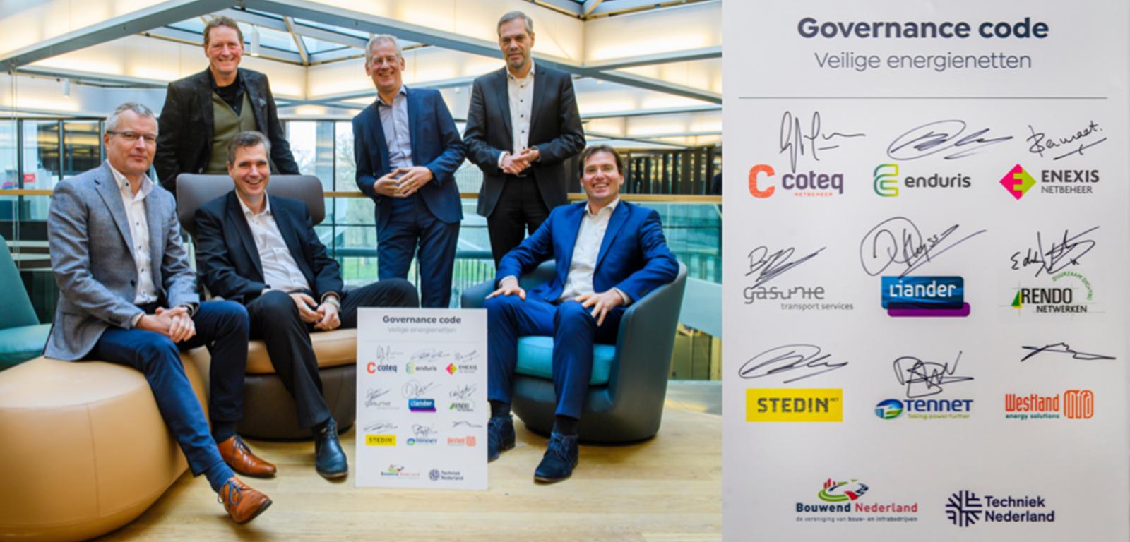 CEO's netbeheerders ondertekenen Governance Code Veilige Energienetten